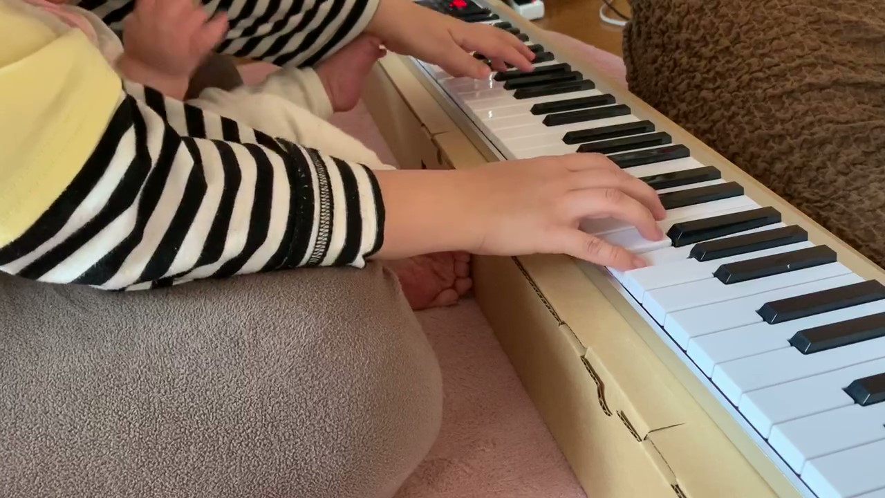 電子キーボード61鍵盤