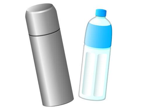 水筒とペットボトル